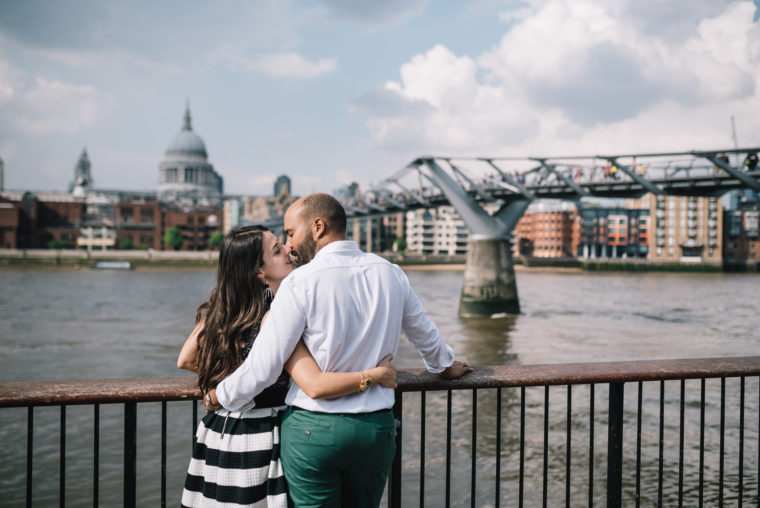 Valentina+Billal-mamaphoto-engagementsession-london-9