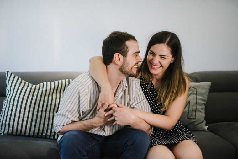 G+M-mamaphoto-at-home-engagement-session-cesena-31
